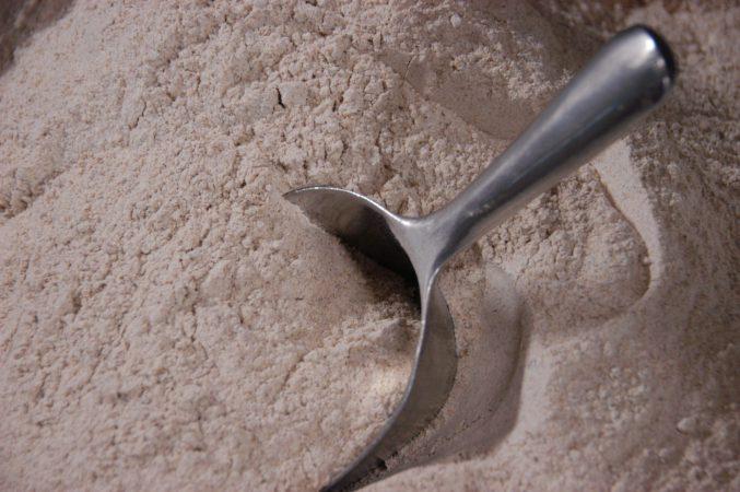 Mehl aus eigener Herstellung