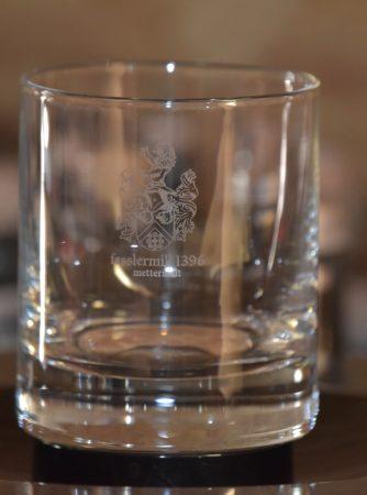 Zur Verkostung von edlen Destillaten und Whisky